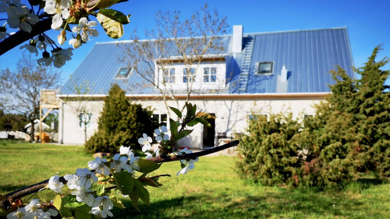 Boka 2020 - Nybyggd 6:a med 1600 m2 egen trädgård