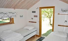 Boka 2020 - Hus i Vibble med 4 sovrum för upp till 8 personer