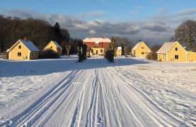 Ståndsmässigt boende strax söder om Visby