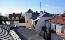 Fin bostadsrätt, 2 rum och kök, på Adelsgatan mitt i Visby Innerstad