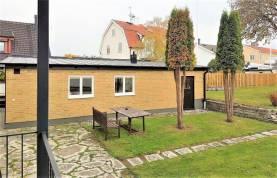 Boka 2020 - Gårdshus för 2 personer bara 900 meter från Almedalen