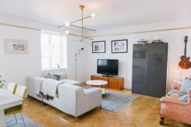 Boka 2020 - Lägenhet med 3 sovrum och makalös utsikt över hela Visby innerstad