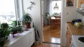 Boka 2020 - Fin 3a på 78 m2 med balkong - bara 900 meter från Söderport