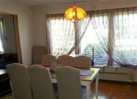 Villa med 5 rum, varav 4 sovrum och 8 bäddar 8 km norr om Visby innerstad