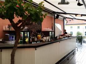 Brasseriet på Donners plats - vädersäkrad utebar för mingel. Uthyres per dag 07-14