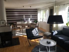 Boka 2020 - Rymlig villa 3 km från muren