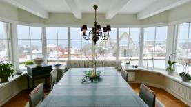 Hus på klippkanten med 180' utsikt över hela Visby innerstad