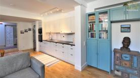 Boka 2020 - Nybyggd lägenhet (2 rok) - Mellan Adelsgatan och ringmuren