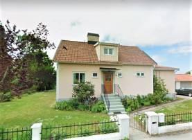 Stor och härlig villa i två plan knappt 1,4 km från Visby innerstad och ringmuren