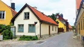 Boka 2020 - Innerstadsfastighet med 2 byggnader, 11 bäddar samt trädgård för mingel ca 100 personer