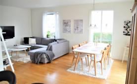 Boka 2020- Fräsch villa med 3 sovrum ca. 15 min promenad från muren