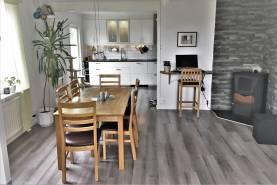 Boka 2019 - Hus i Visby - Nära till flygplatsen
