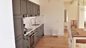 Boka 2020 - Nybyggd lägenhet i lugn del av Visby innerstad