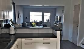 Boka 2019 - Fräsch och rymlig bostad - 1,5 km från österport