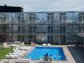Boka 2020 - Fräsch lägenhet byggd 2015 nära ringmuren