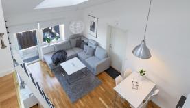 Boka 2019 - Charmig lägenhet - högt i tak - 500m till österport