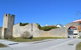 Boka 2021 - Nybyggd 3:a vid Adelsgatan, mitt i Visby innerstad
