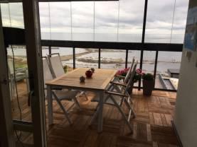 Boka 2020 - Makalös havsutsikt - 4 rok längs Visby Strandpromenad
