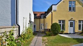 Boka 2020 - Central lägenhet i innerstan mellan Kajsarport och Adelsgatan - 500 meter till Almedalen