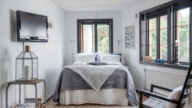 Boka 2020 - Hotellägenhet på Hästgatan mitt i innerstan - Small