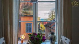 Boka 2022 - Lägenhet i innerstan - Havsutsikt - 70 meter till Almedalen